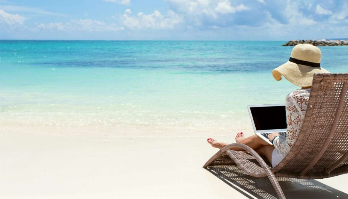 beach with laptop sm